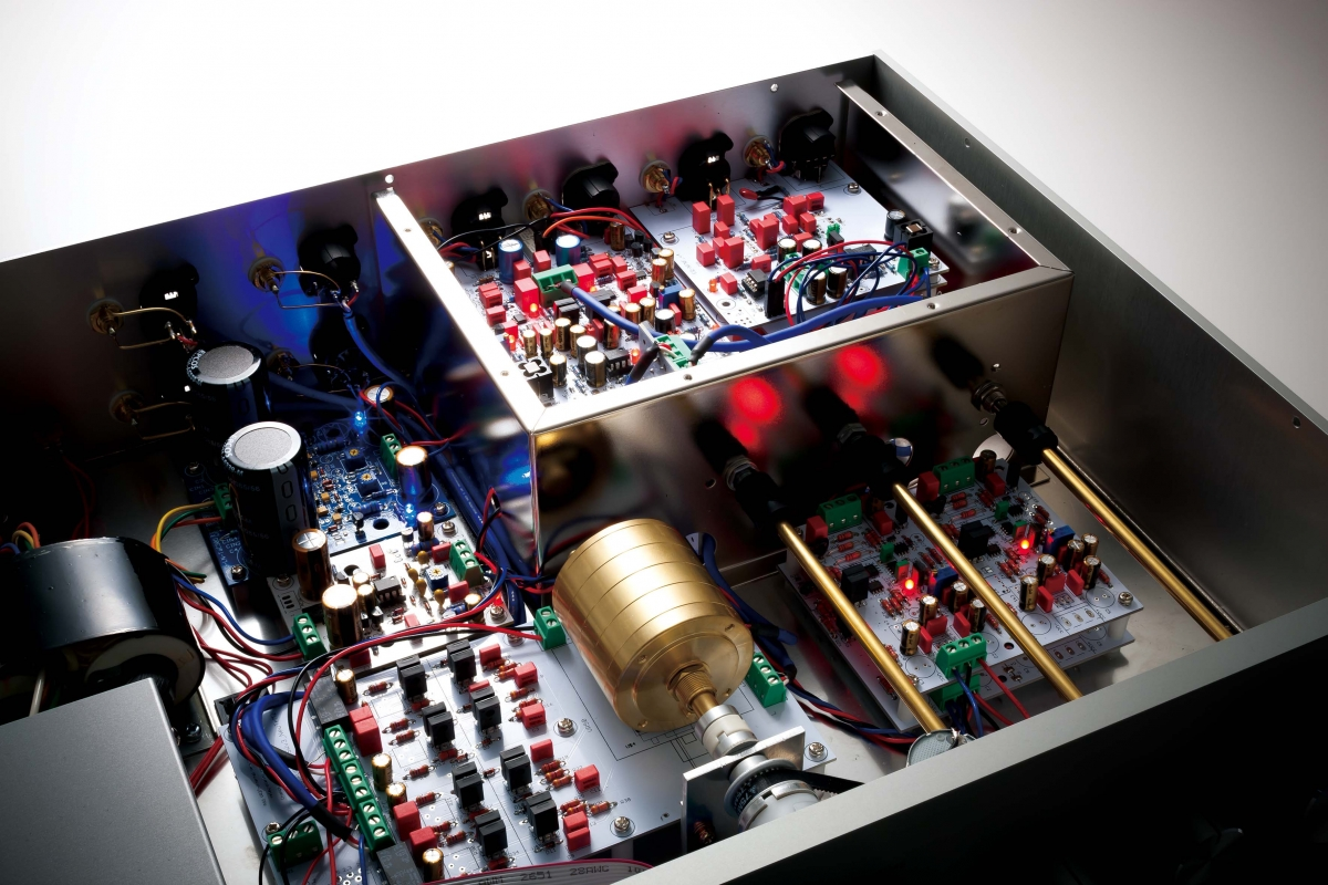 DCEQ-1000の内部